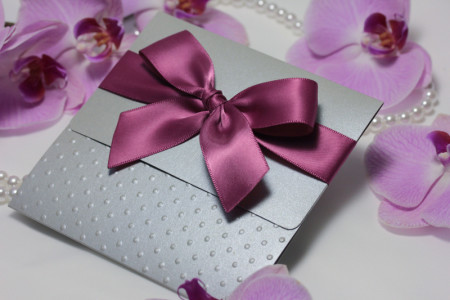 srebreno roza pozivnica i etui zahvalnica (2)